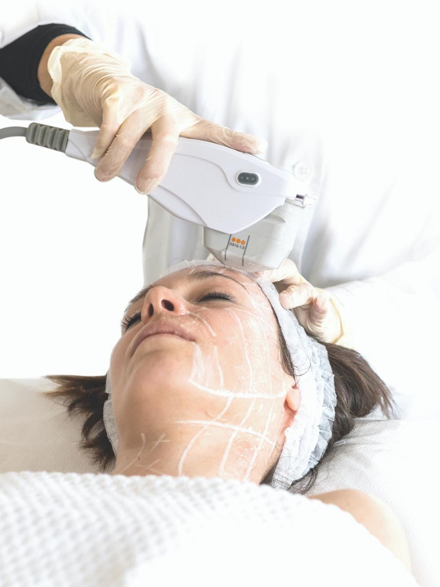 Apparecchiature elettromedicali trattamento viso non invasivo